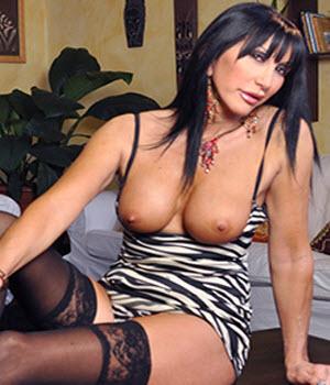 biografia e foto sexy di Angela Gritti